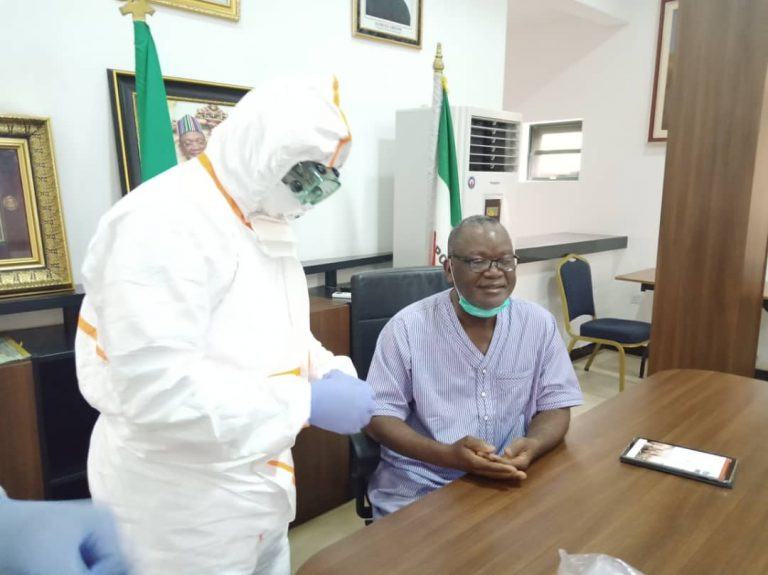 Benue state governor, Samuel Ortom, undergoes COVID-19 test (photos)