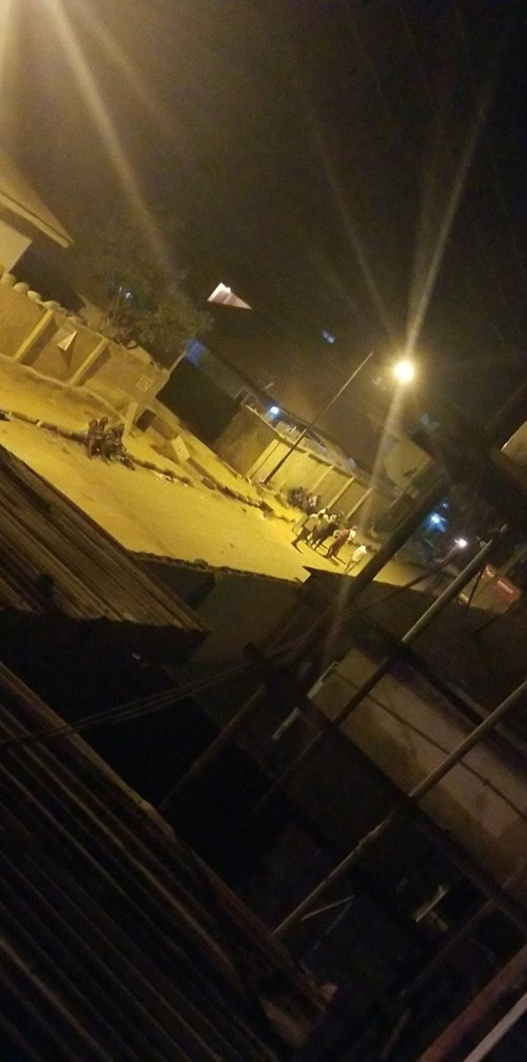 #Lagosunrest trends for the third time as Lagos residents are robbed by hoodlums again just after Coronavirus lockdown extension (videos)