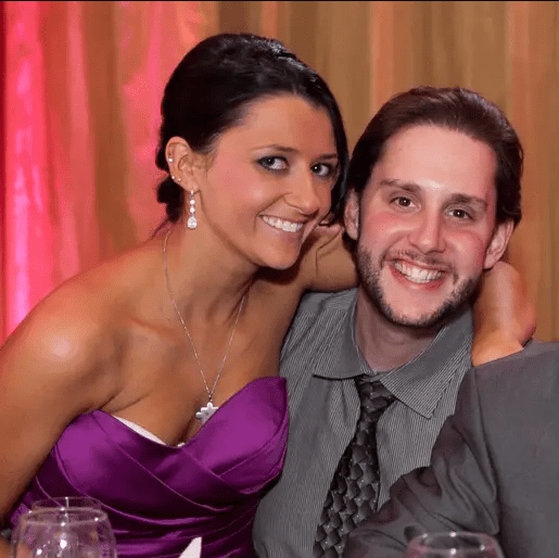 See touching note a husband left for his wife on his phone before he died of Coronavirus