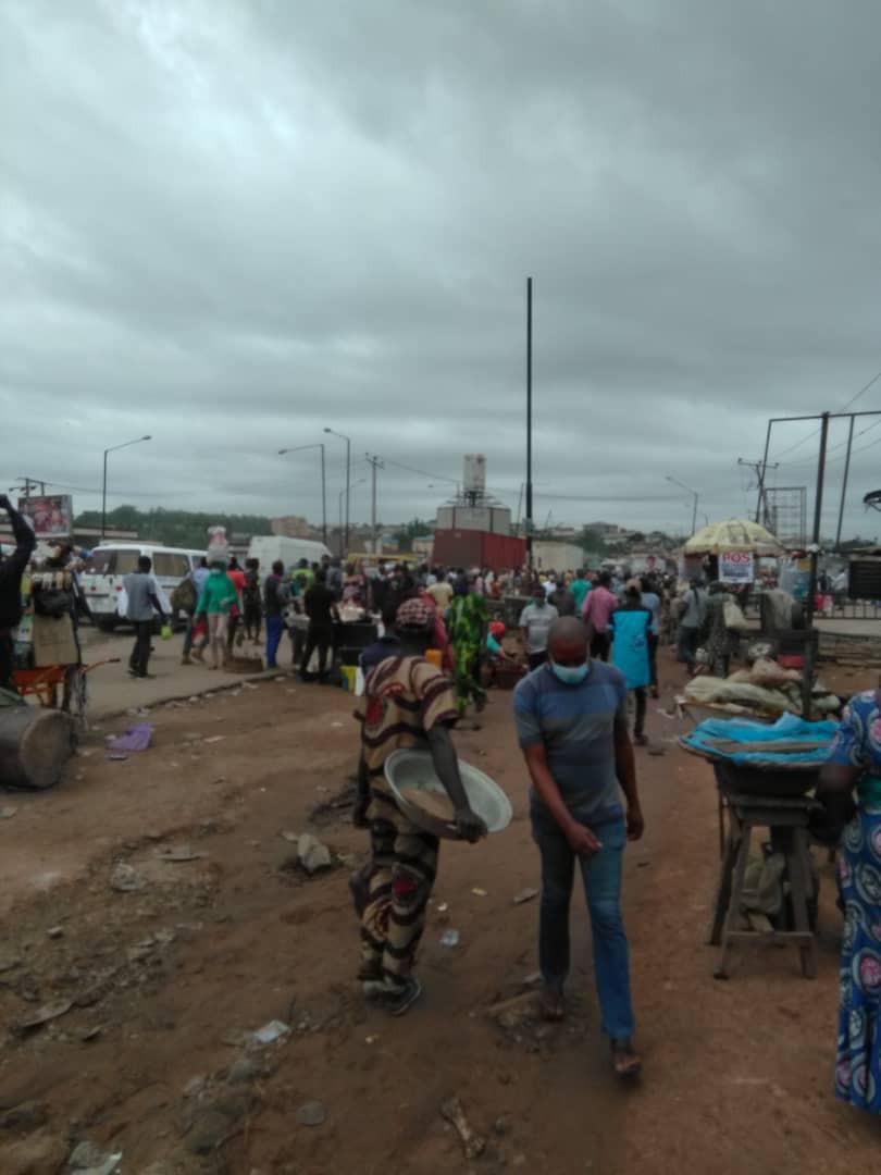 #MaskUpLagos and #Danfo trend as activities resume in Lagos amid the Coronavirus Pandemic (videos/photos)