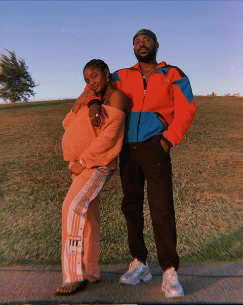 5ec0512e0632b Singer, Simi showcases her growing baby bump in new loved-up photo with husband Adekunle Gold