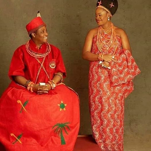 5ec2faba5caf4 Oba of Benin welcome baby boy with second wife