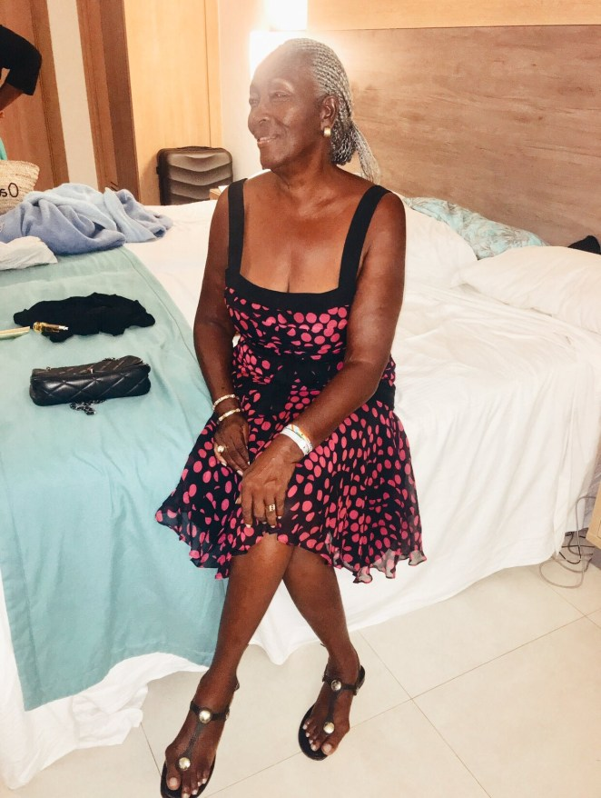 Nigerian lady shares beautiful photos of her