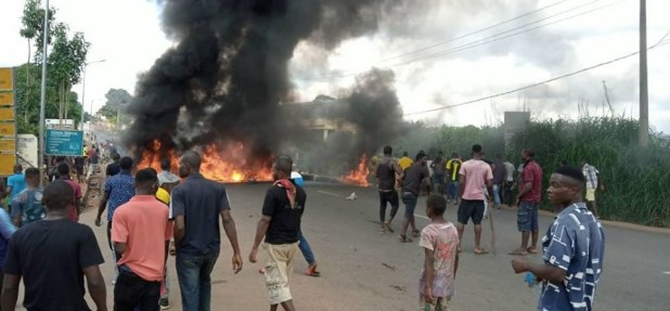 Anambra youths stage protest over alleged killing of 22-year-old ...