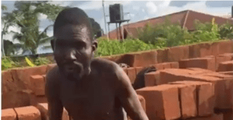 Man caught red-handed defiling two minors in Edo state (video)
