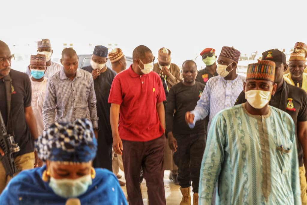 Governor Zulum suspends entire staff of a hospital for abandoning duty