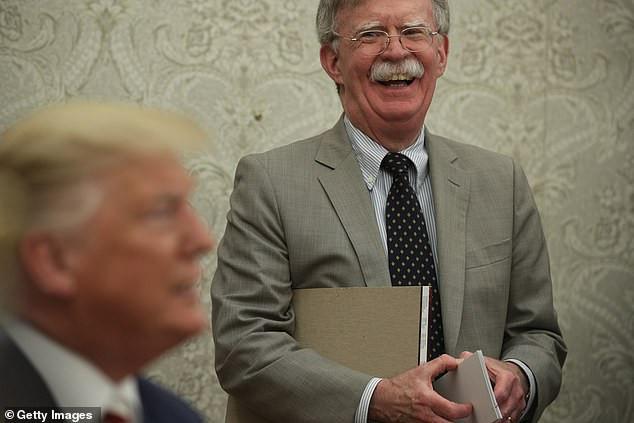 Trump voulait que la Chine l'aide à se faire réélire: John Bolton dit dans un nouveau livre