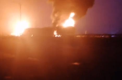 Petrol tanker goes up in flames on Kara bridge in Lagos (photos/video)