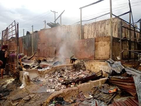 Traders count their losses as fire guts Marian market in Calabar (photos/Video)