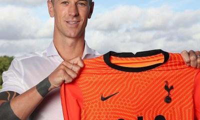 Ex-Manchester City goalkeeper, Joe Hart completes shock transfer to Tottenham Hotspur (Photos)