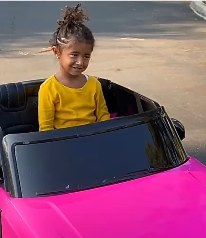 Vanessa Bryant thanks everyone for the love shown her family on Kobe Bryant day after Ciara visited and gifted her daughter a mini Range Rover (photos)