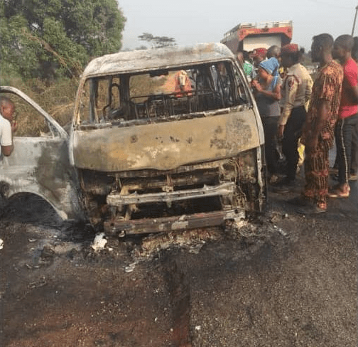 8 burnt to death in Lagos-Ibadan expressway accident