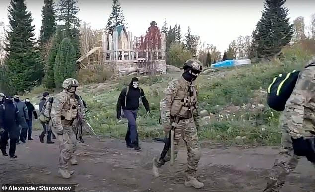 Russian cult leader who claims he is the reincarnation of Jesus is detained by special forces in Siberia?