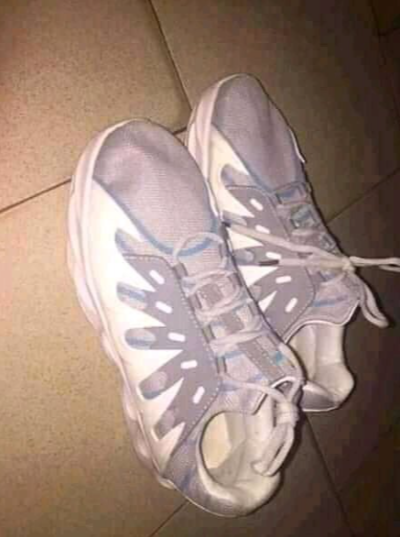 What I ordered VS what I got: Man cusses out Nigerian online store after the sneakers delivered to him was inferior to what was advertised online