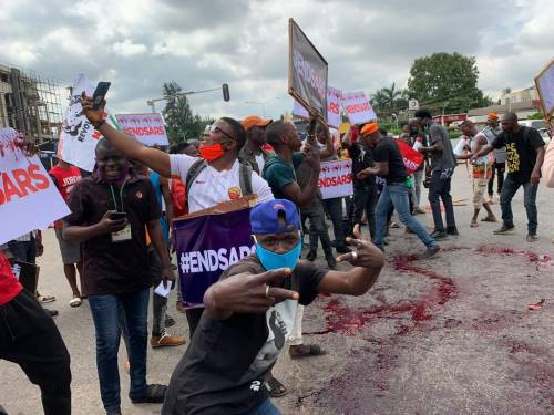 Nigerians stage #EndSARS protest in Abuja (photos)