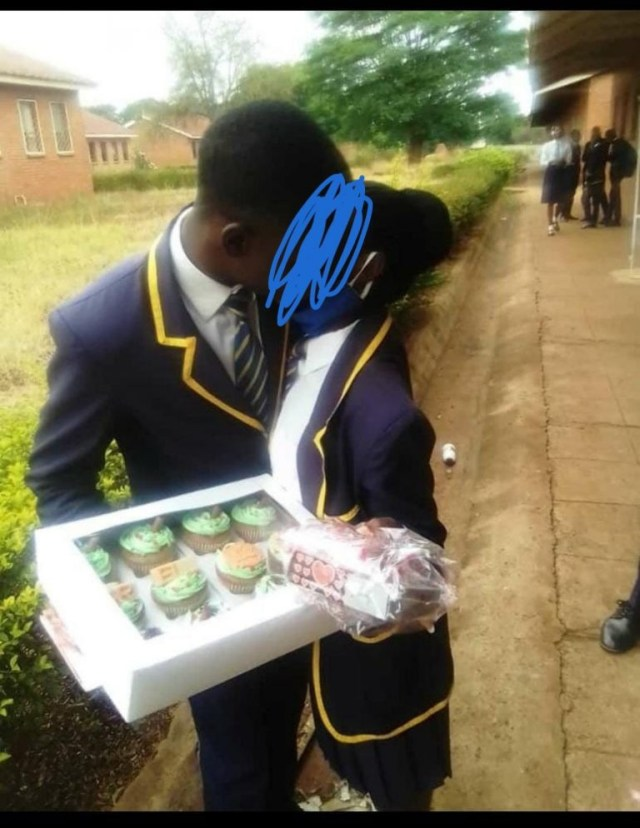 Zimbabwean students posing for s3xually suggestive photos in school while teachers are on strike spark concern (photos)