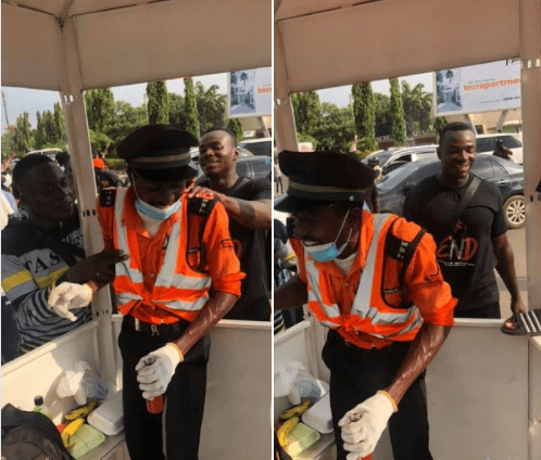 #EndSARS protesters recounts how their act of kindness moved an Abuja traffic warden to tears