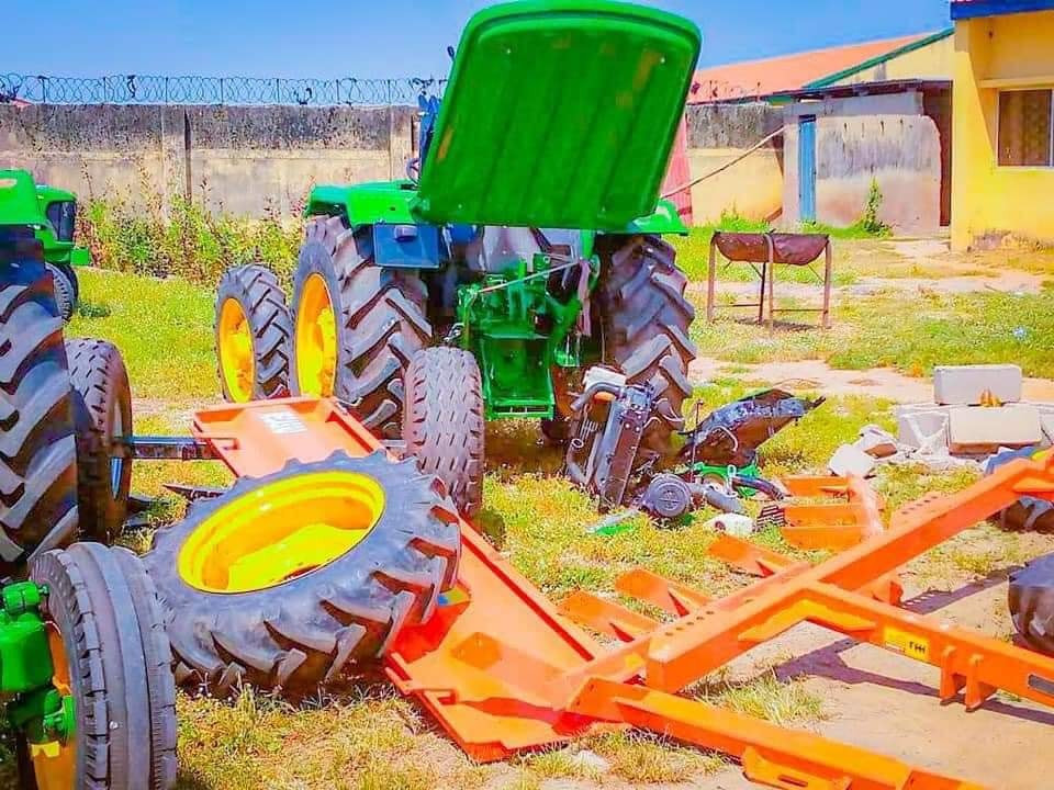 Adamawa residents return looted items after Governor Fintiri