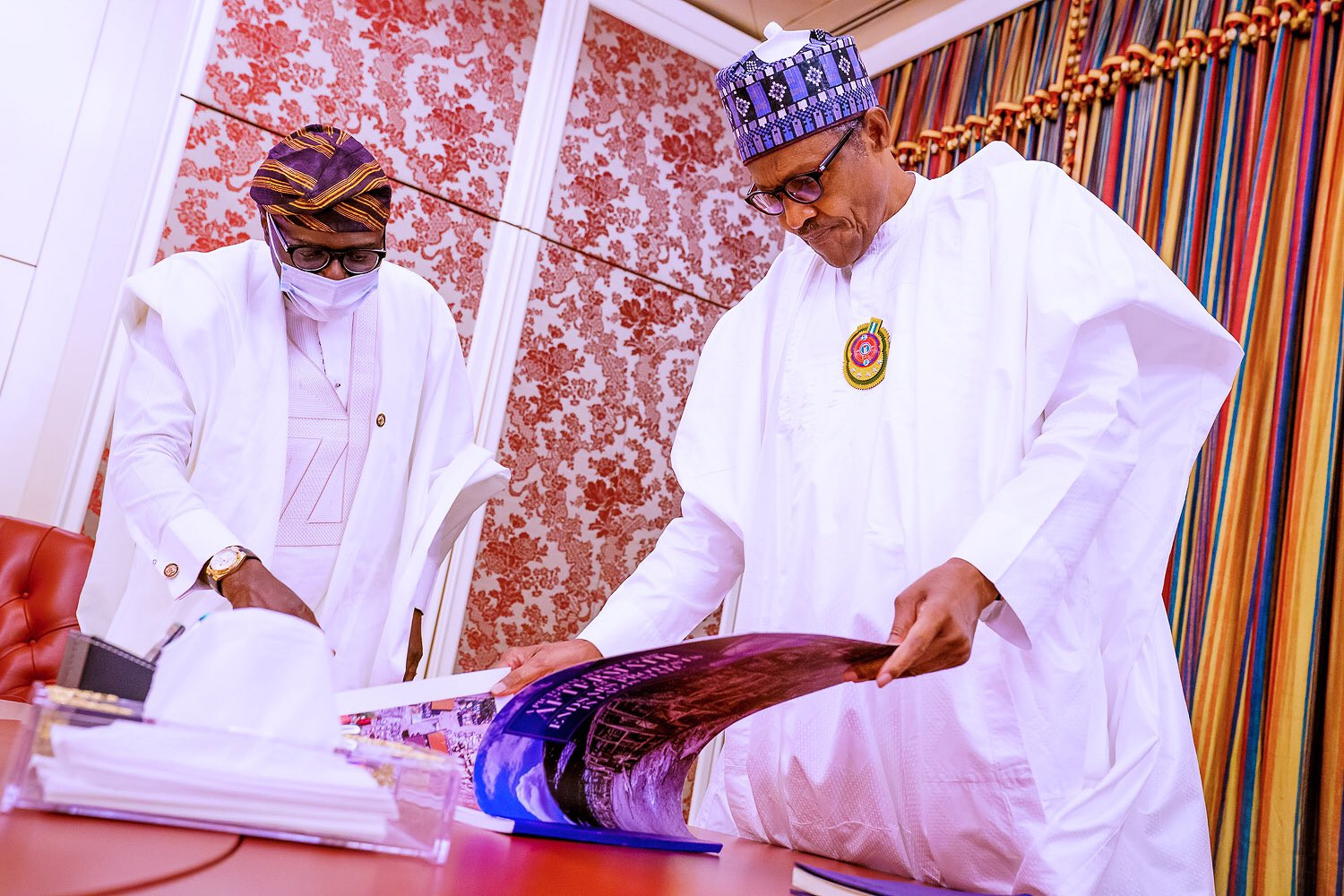 #EndSARS: Governor Sanwo-Olu presents report of assets destroyed in Lagos to President Buhari