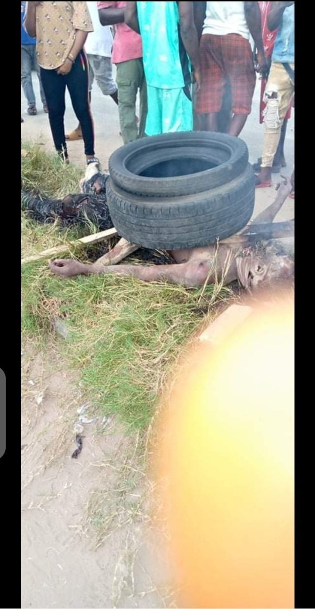 Mob sets suspected thief ablaze in Delta for snatching phone with toy gun (graphic  photos)