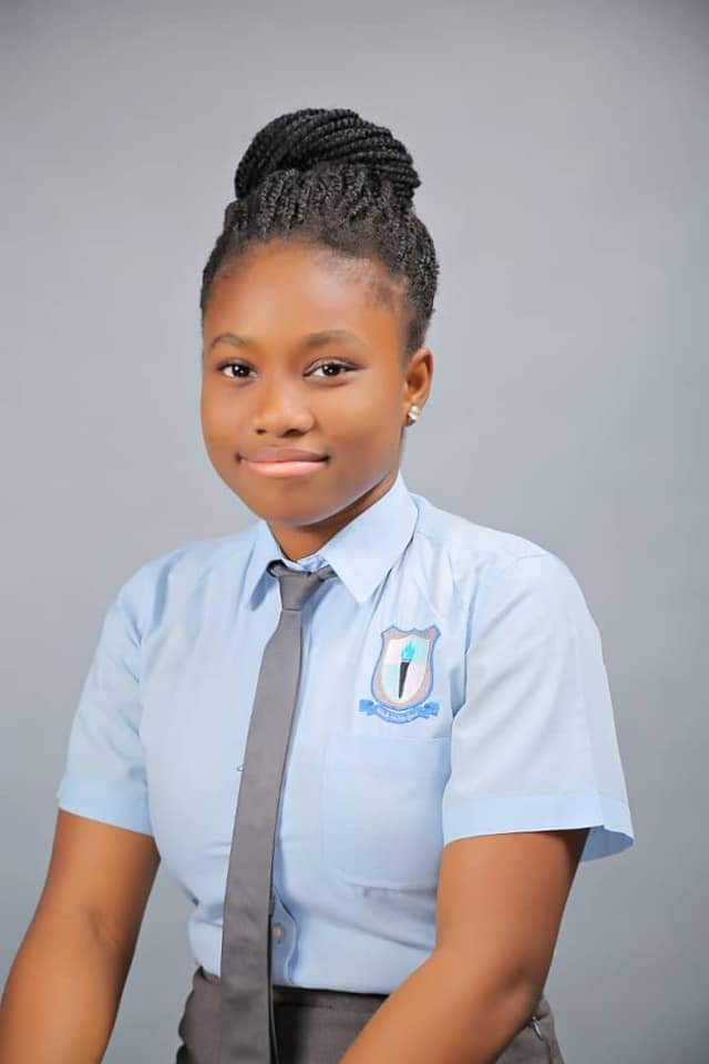 """Just a pain in the leg"" - Father of student who had 7 A1s in WAEC explains how his daughter died in moving tribute"
