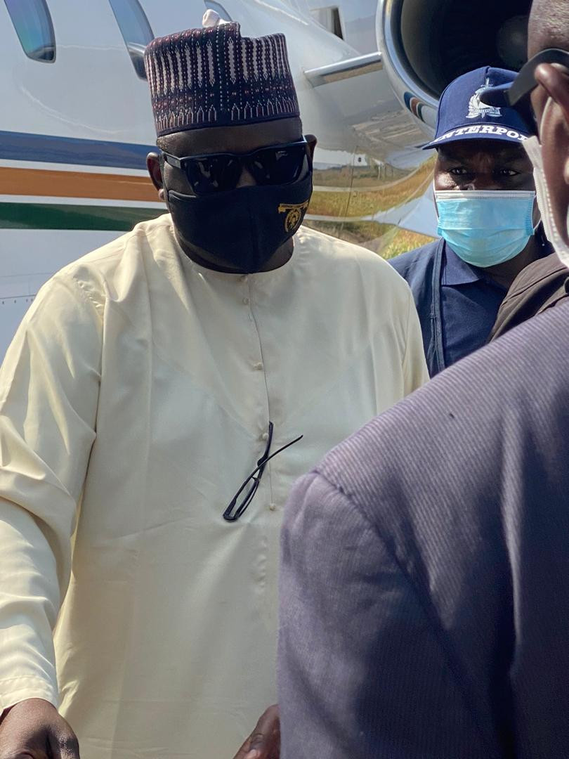 Maina extradited to Nigeria after arrest in Niger Republic (photos/video)