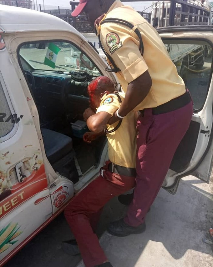 Commercial bus driver arrested for using pestle to injure LASTMA official in Lagos (photos)