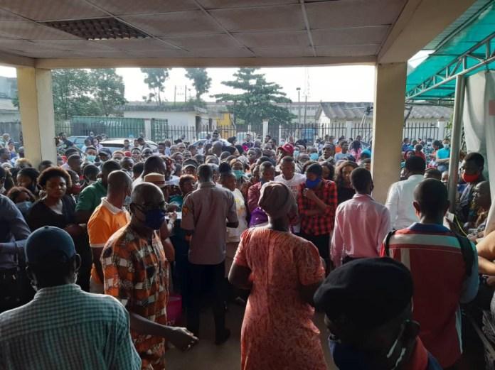 SIM Deactivation: Large crowd besiege NIMC office in Lagos, flout COVID19 protocols (photos)