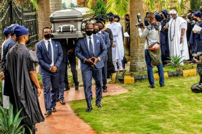 Socialiate, Dapo Ojora laid to rest (photos)