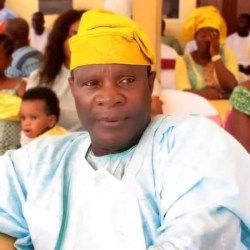 Former Lagos Commissioner dies while presiding over an unity meeting between Muslim groups in the Osun community.