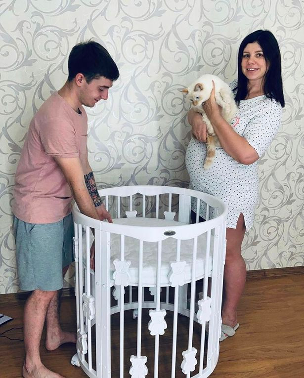 Woman, 35, abandons husband for her stepson, 21, and undergoes plastic surgery to be more attractive for him