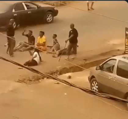 Policemen spotted flogging young men with sticks in Orlu (video)