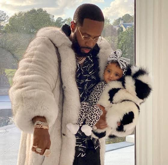 Safaree complains about nudity among the womenfolk; vows to make sure his daughter is different