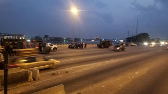 #Occupylekkitollgate: Photos from Lekki toll gate this morning