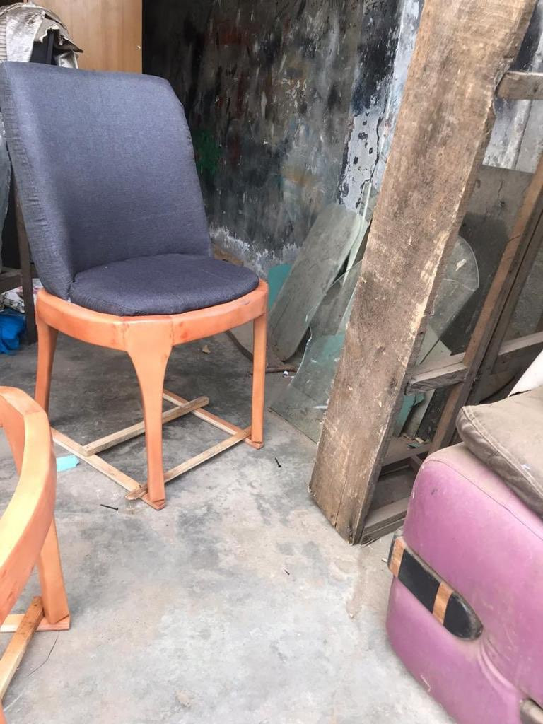 What I ordered vs What I got: See what a customer got after ordering a chair from a local carpenter