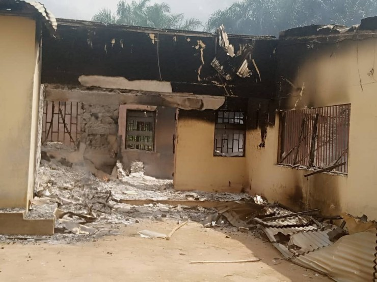 INEC office in Akwa Ibom set ablaze by unknown hoodlums (Photos/Video)