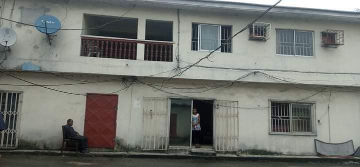 Landlord locks PHED officials in Port Harcourt out of their office over unpaid rent (photos)