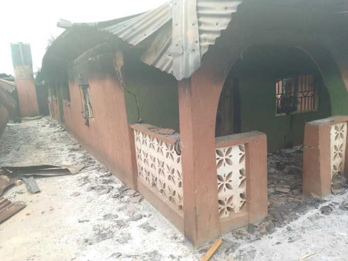 Angry youths raze houses, hotels, shrine belonging to prominent chief after stray bullet allegedly killed resident in Oyo community