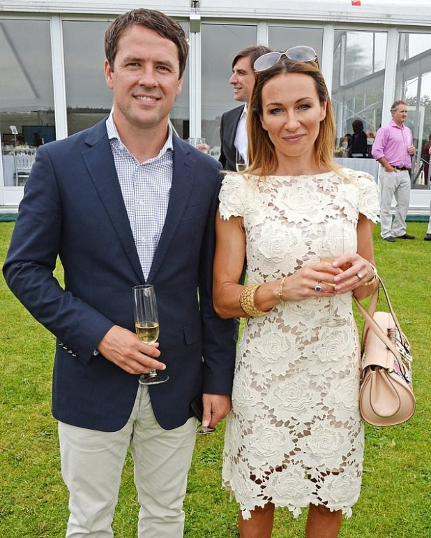 Married footballer Michael Owen allegedly begged reality star, Rebecca Jane, for 20 topless photos and told her