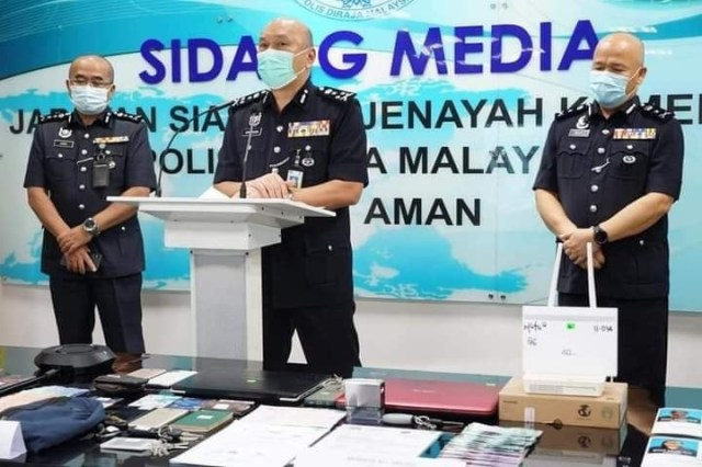 Six Nigerians and a Malaysian woman arrested for love scams in Kuala Lumpur