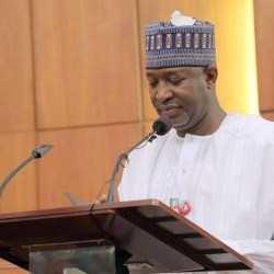FG Directs Airlines To Refund Complete Airfares To Passengers After Two-Hour Delay