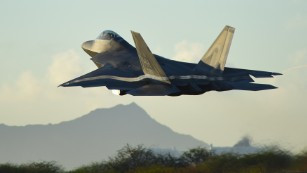 US Air-Force to immediately send dozens of F-22 fighter jets to the Pacific amid tensions with China