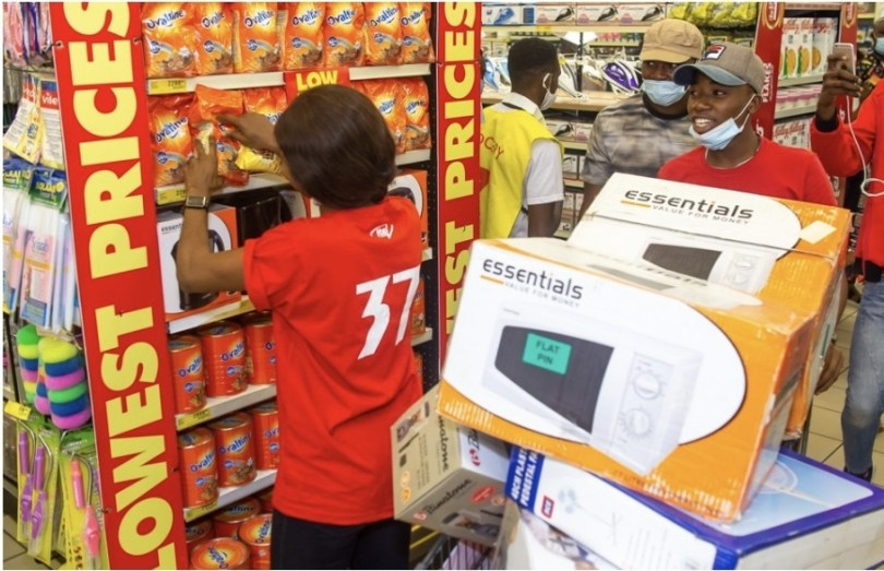 itel Fulfills Promise To Customers, Takes Them on 37 Seconds Shopping Spree...