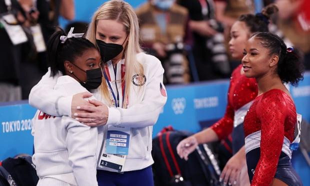 Tokyo Olympics: Simon Biles holds back tears as she pulls out of gymnastics final? (photos)