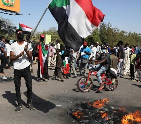 Court sentences Sudanese soldiers to death for killing protesters