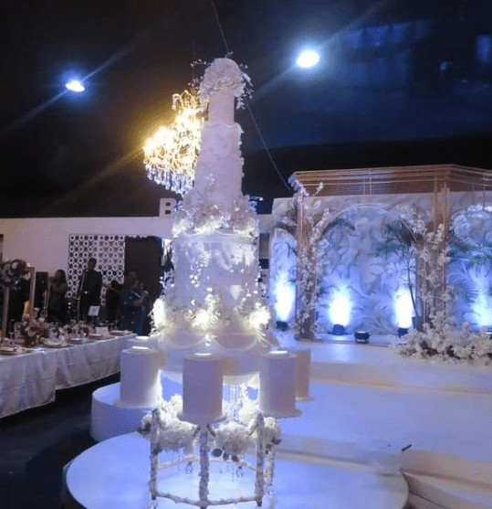 More photos from the wedding of media personality, Debola Williams and Kehinde, daughter of former Ogun state governor, Gbenga Daniel