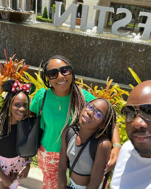 Actress Dakore Akande and her family vacation in the US (photos)
