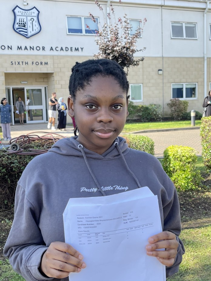 Nigerian girl gets A*A*A* in her A-levels, earning her admission to study Medicine at Univeristy of Manchester