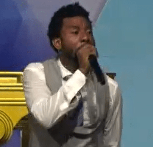 Members testify as Delta pastor prays miracle money into their lives (video)
