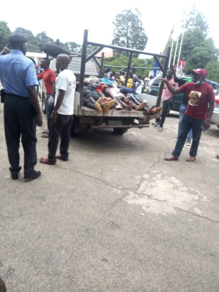 Angry youths storm Plateau State House of Assembly with bodies of Fulani militias attack victims